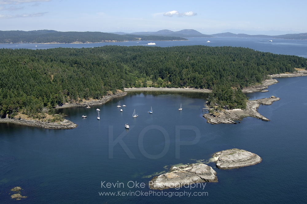 Tortoise Islets at the entrance to the anchorage at Princess Bay on Portland Island. Gulf Islands National Park, Gulf Islands, British Columbia, Canada.