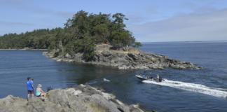 Boat Passage Saturna Island